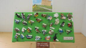 木彫の鳥ブローチを販売しています!