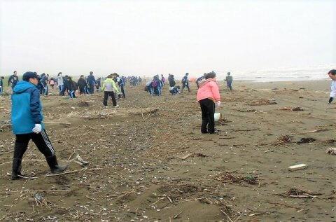 【案内】7/14(土)稚咲内海岸清掃が行われます